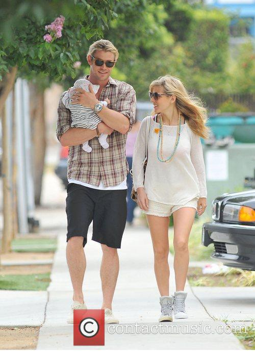 Elsa Pataky, Chris Hemsworth and The Tiny 5