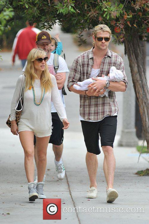 Elsa Pataky, Chris Hemsworth and The Tiny 8