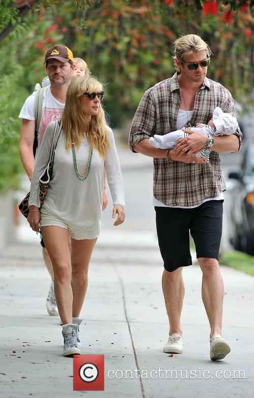 Elsa Pataky, Chris Hemsworth and The Tiny 9