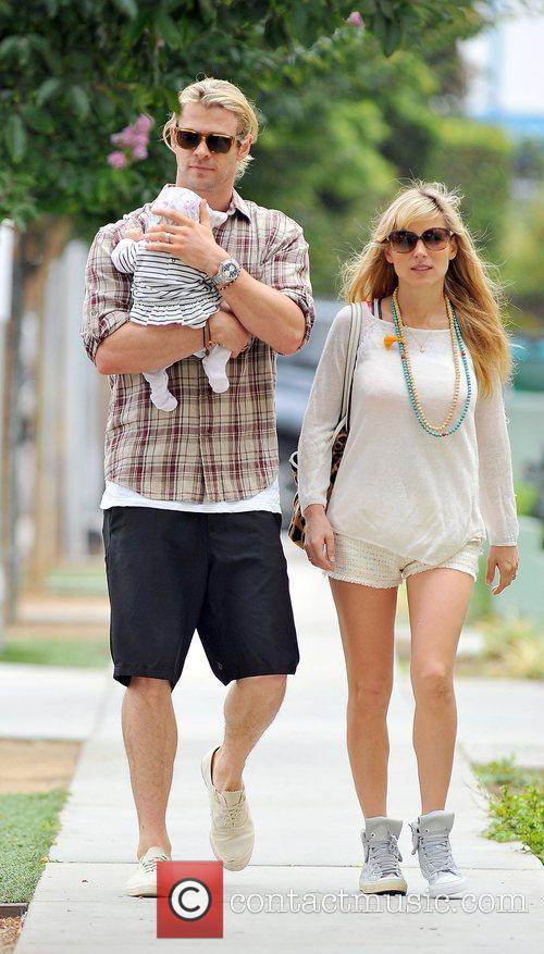 Elsa Pataky, Chris Hemsworth and The Tiny 10