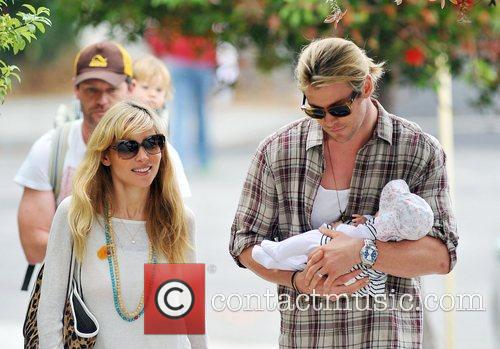 Elsa Pataky, Chris Hemsworth and The Tiny 11