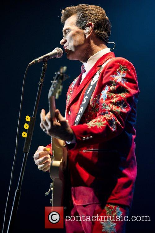 Chris Isaak, Apollo Hammersmith, London and England 9