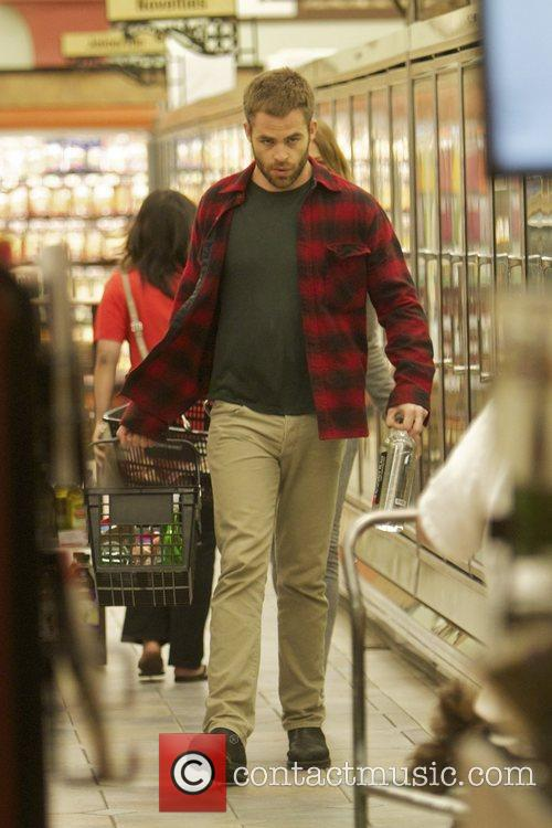 Chris Pine goes late night shopping for groceries...