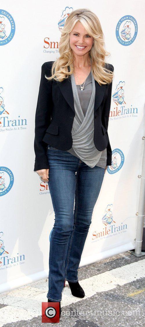 Christie Brinkley 13