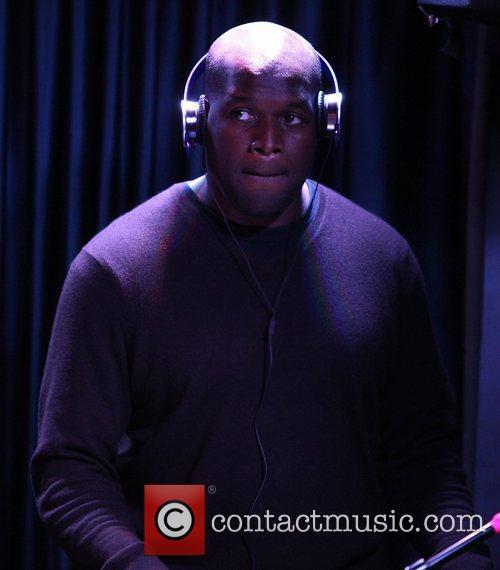 DJ Logic aka Jason Kibler performing live at...