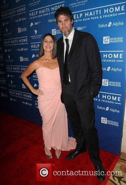 Soleil Moon Frye and Jason Goldberg 5