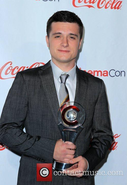 Josh Hutcherson and Caesars Palace 1