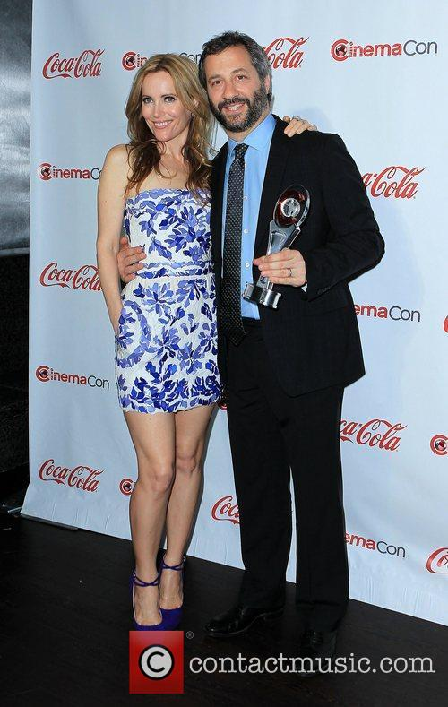 Leslie Mann, Judd Apatow and Caesars Palace 1