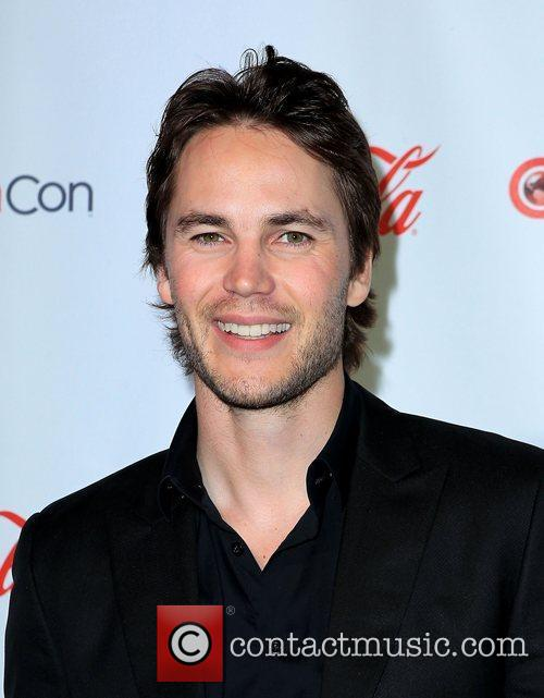 Taylor Kitsch and Caesars Palace 2