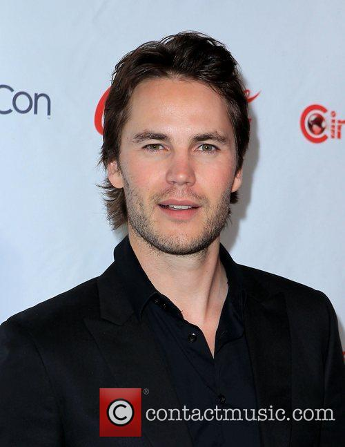 Taylor Kitsch and Caesars Palace 6