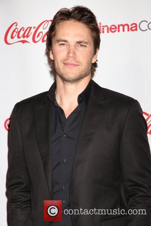 Taylor Kitsch and Caesars Palace 10