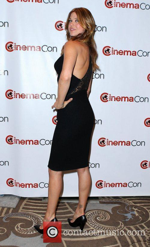 Adrianne Palicki and Caesars Palace 8