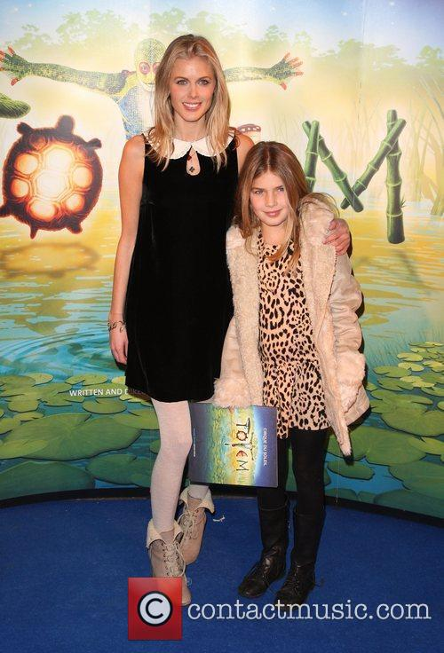 Donna Air with her daughter Freya Aspinal 'Cirque...