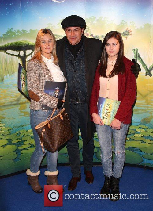 Tamer Hassan with his wife and daughter 'Cirque...