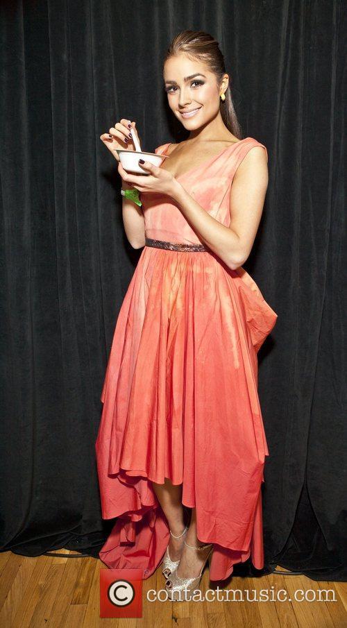 Olivia Culpo and Miss Usa 3