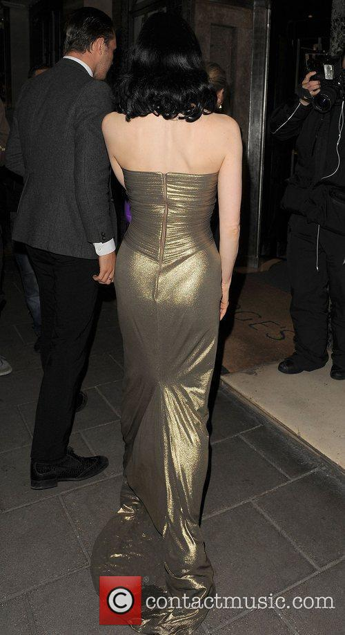 Dita Von Teese arriving back at her hotel...