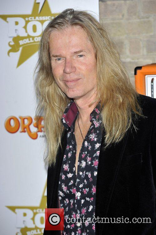 Adrian Vandenberg and The Roundhouse 1