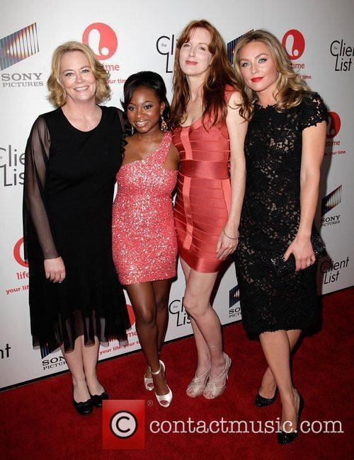 Cybill Shepherd, Kathleen York and Naturi Naughton 8