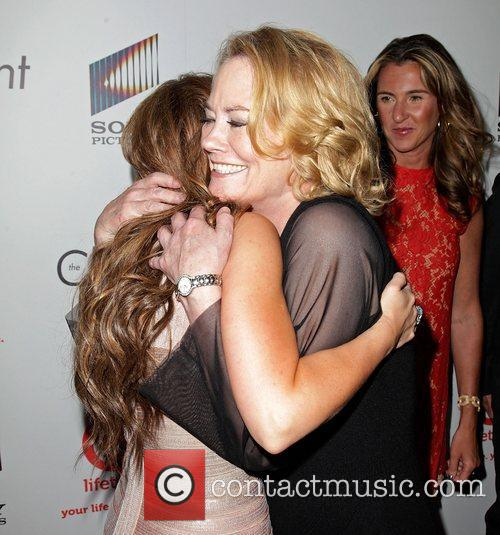 Jennifer Love Hewitt and Cybill Shepherd 2