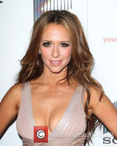 jennifer love hewitt lifetime and sony pictures 3814623