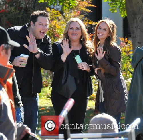 Jennifer Love Hewitt, Greg Grunberg and Rebecca Field 11