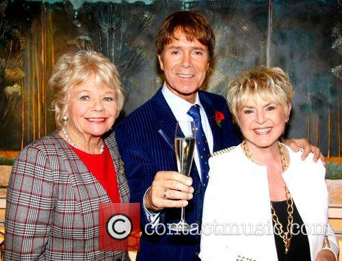 Cliff Richard, Judith Chalmers and Gloria Hunniford 2