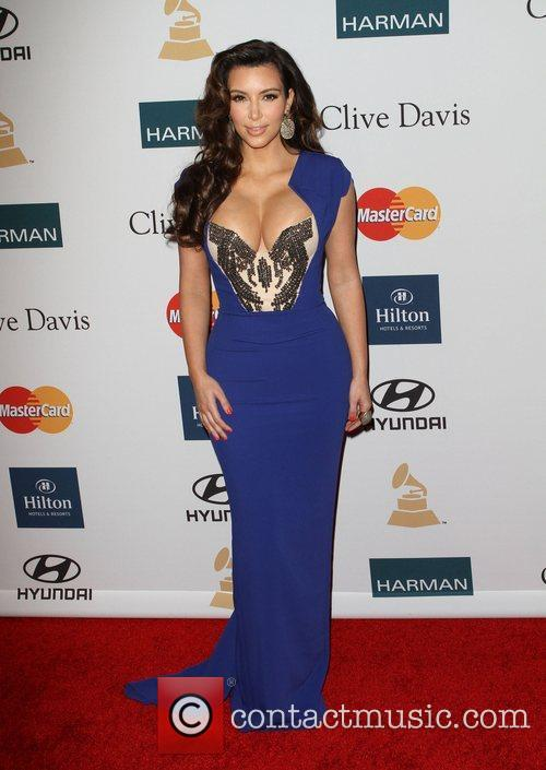 Kim Kardashian and Beverly Hilton Hotel 5