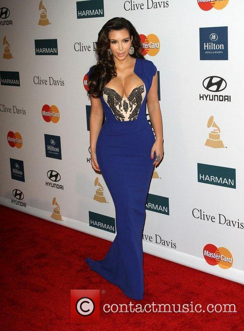 Kim Kardashian and Beverly Hilton Hotel 3
