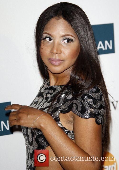 Toni Braxton and Beverly Hilton Hotel 10