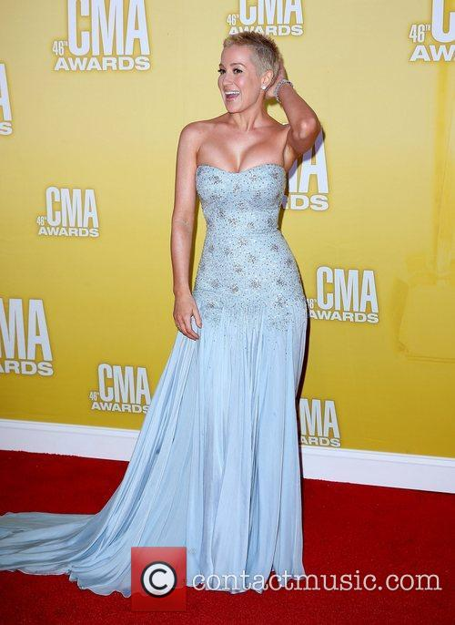 Kellie Pickler and Cma Awards 4