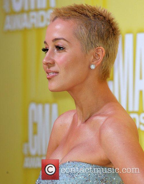 Kellie Pickler and Cma Awards 1