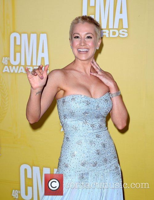 Kellie Pickler and Cma Awards 6