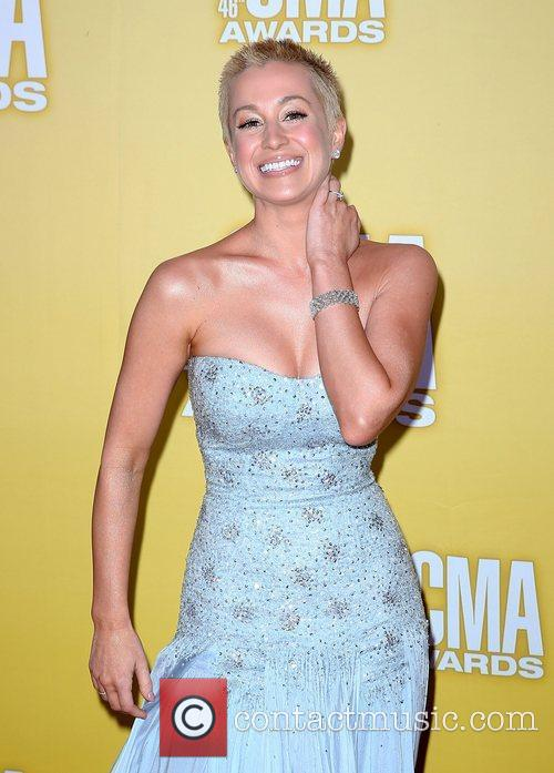 Kellie Pickler and Cma Awards 9