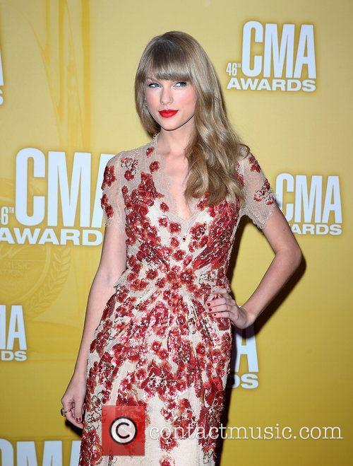 Taylor Swift and Cma Awards 9