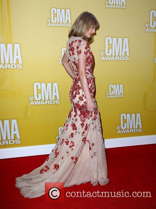 Taylor Swift and Cma Awards 5