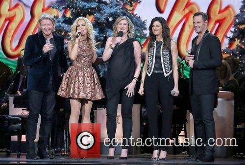 Little Big Town and Jennifer Nettles 5
