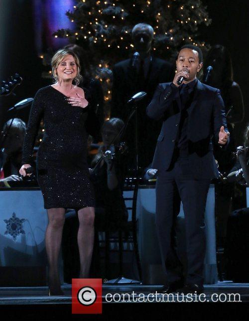 Jennifer Nettles and John Legend 2012 CMA Country...