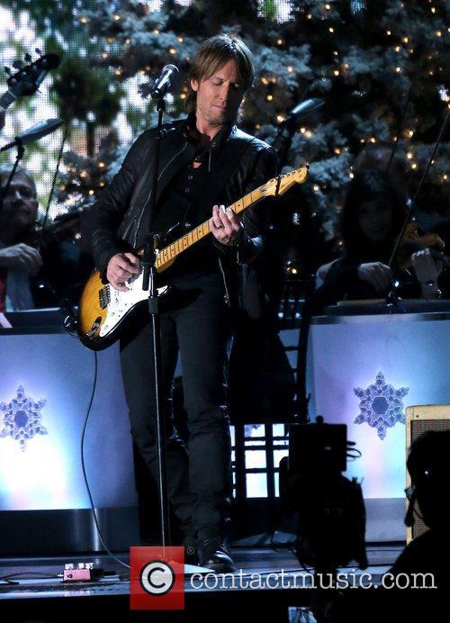 Keith Urban 2012 CMA Country Christmas at Bridgestone...