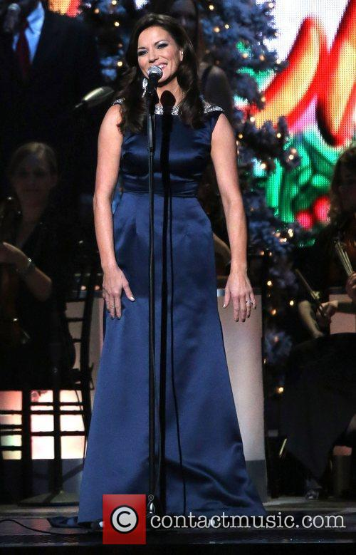 martina mcbride 2012 cma country christmas at 4160306