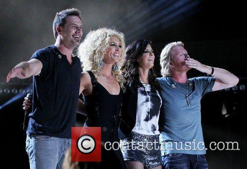 Little Big Town 21