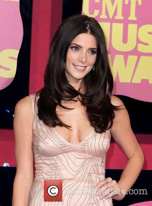 Ashley Greene 2