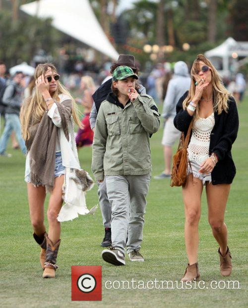 Emile Hirsch and Coachella 10