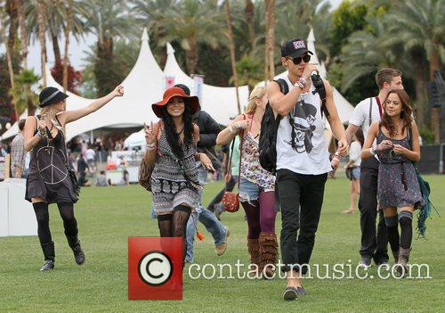 Vanessa Hudgens, Austin Butler and Coachella 6