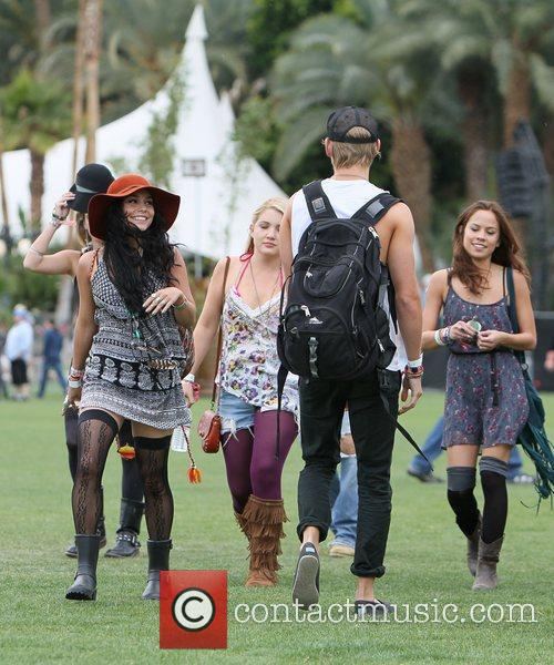 Vanessa Hudgens, Austin Butler and Coachella 8
