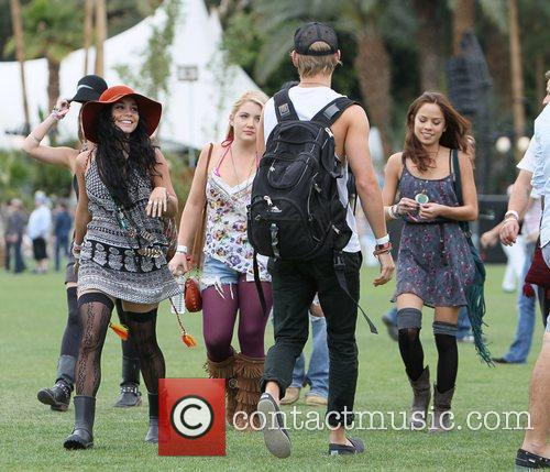 Vanessa Hudgens, Austin Butler and Coachella 9