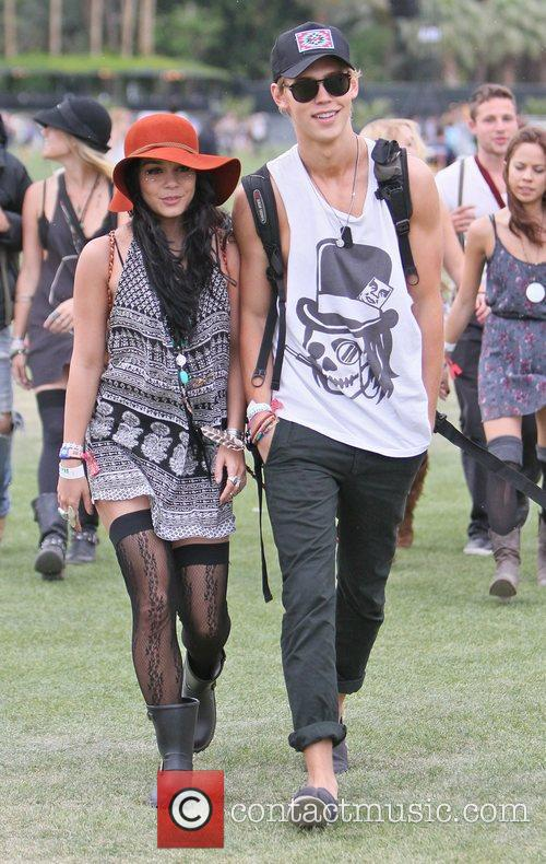 Vanessa Hudgens, Austin Butler and Coachella 11