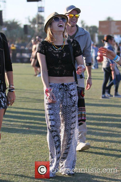 Emma Roberts and Coachella 9