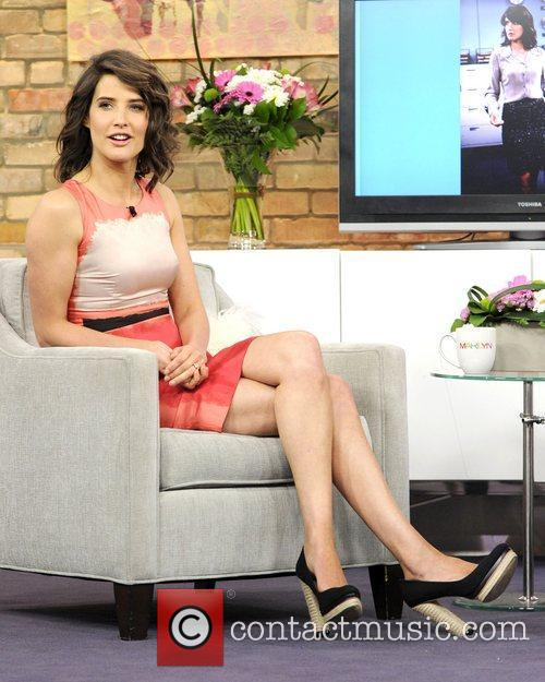 cobie smulders appears on the marilyn denis 5834304
