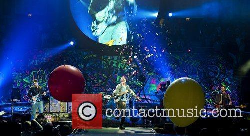 Chris Martin and O2 Arena 9