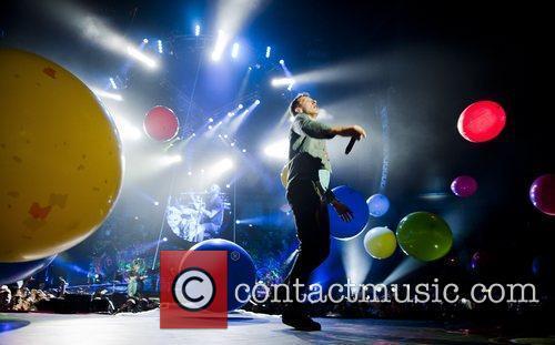 Chris Martin and O2 Arena 22